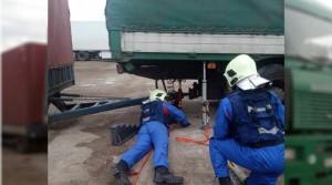 Для извлечения тела водителя потребовалась помощь спасателей.