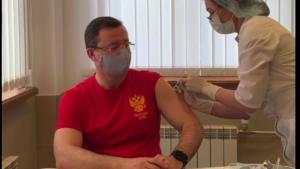"""""""Мне часто задают вопрос, какой именно вакциной я привился от коронавируса""""."""
