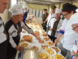 На конкурсе «Армейский запас» военнослужащие выпекли свыше 100 наименований хлебобулочных изделий