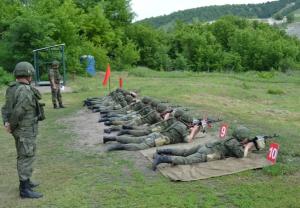 В конкурсе «Армейский запас-2021» принимают участие более 90 военных поваров.