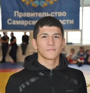 В них принимали участие 93 спортсмена из 32 регионов страны.