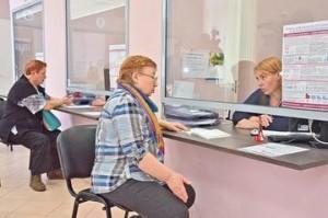 Дмитрий Азаров поздравил соцработников Самарской области с праздником