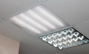 Организация освещения для потолков «Армстронг» и «Грильято»