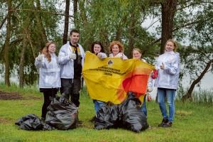 Живи, источник: волонтеры Куйбышевского НПЗ приняли участие в акции Родники Самарской области