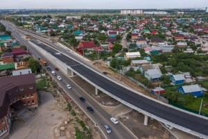 Ведется строительство, трех транспортных развязок: на пересечении с улицей Утевской и на пересечении с улицей Грозненской, и путепровода через железную дорогу на 1094 км перегона Кряж – Самара.