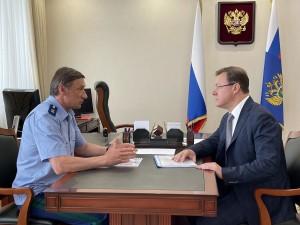 Губернатор подчеркнул, что Правительство Самарской области эффективно взаимодействует с правоохранительными органами и контрольно-надзорными ведомствами.