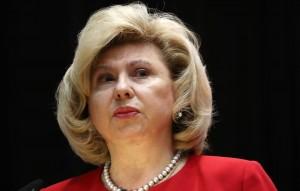 Уполномоченный по правам человека в РФ сообщила, что получает много обращений о дискриминации непривившихся граждан.