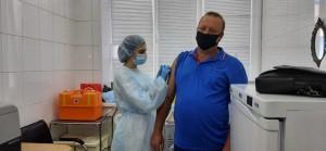 Выездная мобильная бригадапровела вакцинацию от новой коронавирусной инфекции сотрудников ООО«Газпром трансгаз Самара».