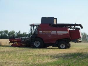Сбер предложил систему автономного управления сельхозтехникой клиентам малого и микро бизнеса
