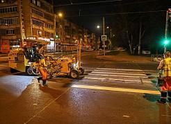 В ночь на 25 июня нанесение разметки стартовало на недавно обновленной улице Аэродромной.