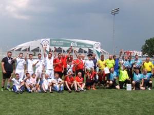 В соревнованиях по упрощенным правилам в мини-футбол приняли участие 17 команд со всей губернии.