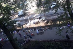 Самарцы потребовали закрыть блошиный рынок на Физкультурной