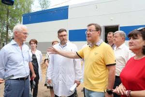 Дмитрий Азаров проверил готовность нового COVID-центра в Тольятти.