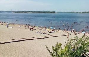Спасатели на пляже в Жигулевске вернули к жизни ребенка