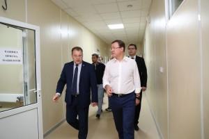 Готовность к приёму пациентов нового COVID-госпиталя в Самаре проверил Дмитрий Азаров