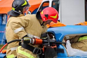Закон устанавливает, что спасатели и руководители ликвидации чрезвычайных ситуаций могут освобождаться от ответственности за причинение материального ущерба.