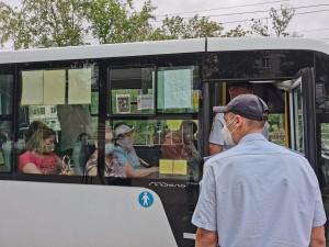 За прошедшую неделю по своей вине из общественного транспорта было высажено 124 пассажира, на ярых «антимасочников» было составлено 4 протокола.
