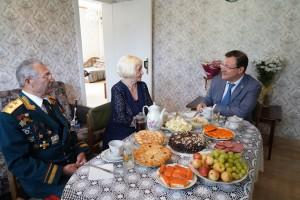 Супруги Шаповаловы поженились 2 августа 1961 года, когда обоим было чуть за двадцать.