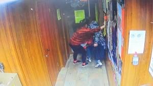 Самарец хотел выпить с друзьями, и ограбил магазин