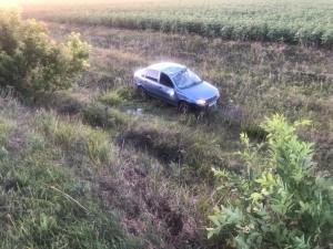 В Кинель-Черкасском районе машина перевернулась в кювет