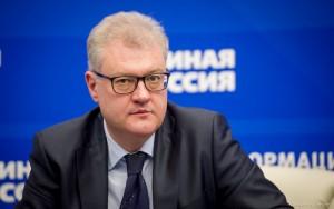"""Участники партконференции в Самаре утвердили списки кандидатов, которые будут представлять """"ЕР"""" на выборах в региональное заксобрание."""