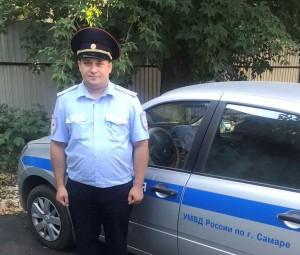 В Самаре полицейский помог вернуться домой потерявшей память пенсионерке