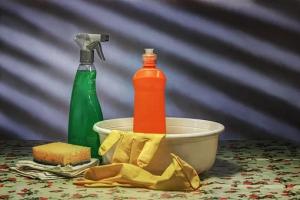 У мужчин и женщин разные представления о распределении домашних обязанностей