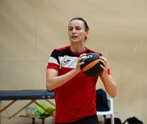 В составе команды гандболистки тольяттинской «Лады» Ольга Фомина и Анастасия Лагина (пока находится в резерве).