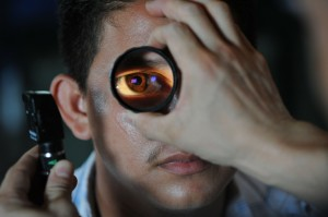 Офтальмологи обнаружили еще одно последствие COVID-19