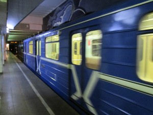 В России предложили создать женские вагоны в метро