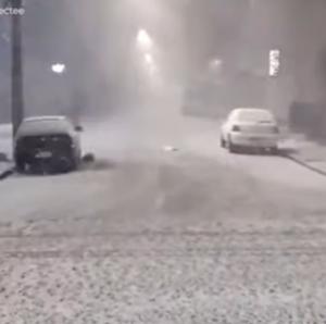 Там как минимум в 13 штатах выпал снег.