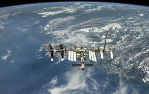 """Целью коррекции является формирование баллистических условий перед запуском и стыковкой пилотируемого корабля """"Союз МС-19"""", а также расстыковкой и посадкой корабля """"Союз МС-18""""."""