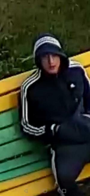 Молодой тольяттинец залез в окно и украл айфон, пока люди спали