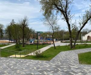 У филиала Государственной Третьяковской галереи в Самаре благодаря нацпроекту обустраивают сквер