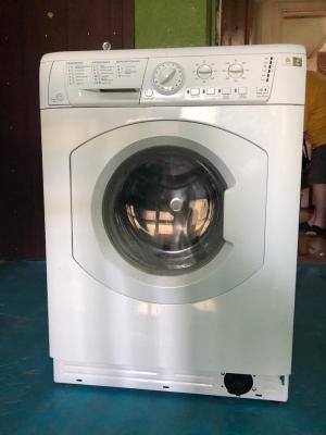 Два сызранца украли стиральную машину