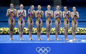Выступавшая в составе команды Светлана Ромашина стала единственной в мире семикратной олимпийской чемпионкой в данном виде спорта.