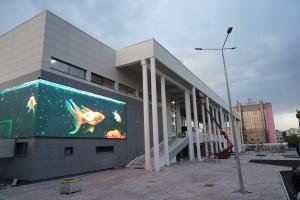 Дмитрий Азаров проверил подготовку нового Дворца спорта в Самаре к официальному открытию