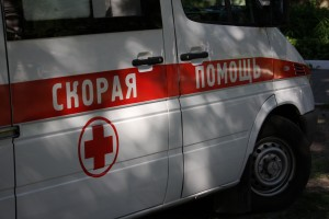 В Тольятти перевернулась скорая помощь, двое медиков пострадали