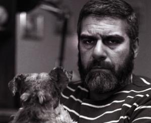 В его программе - установка памятника любимой собаке писателя - фокстерьеру Глаше, экскурсии в его квартиру, концертыи многое другое.