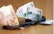 Мужчина передал сотруднику отдела уголовного розыска70 тысяч рублей.
