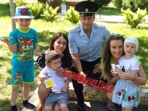 В первые учебные дни и в течении месяца возле школ будут выставлены дополнительные наряды дорожно-патрульной службы.
