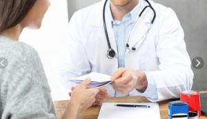Прием пациентов провели врачи — кардиолог, невролог, окулист, эндокринолог, сосудистый хирург.