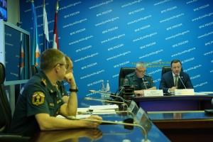 Дмитрий Азаров сегодня встретится с пострадавшими от пожара жителями Борского района