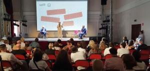 В программе - 17 тематических сессий: лекции, воркшопы и дискуссии, посвященные различным аспектам функционирования культурных институций.