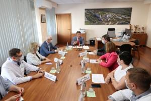 Работники государственных медицинских учреждений Самарской области по получат по 10 тысяч рублей.
