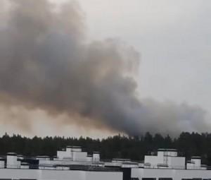 В Тольятти вертолет Ми-8 сбросил 70 тонн воды на лесной пожар