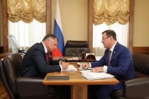 Дмитрий Азаров и Марат Хуснуллин обсудили варианты завершения строительства метро в Самаре.