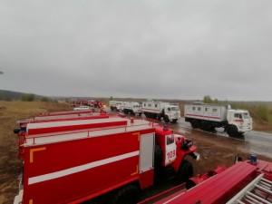 Для контроля за обстановкой в Бузулукском бору на дежурстве остаются 13 человек личного состава и 4 единицы техники.