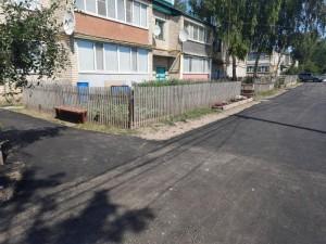 Жители дворов при составлении проектов благоустройства сделали акцент на асфальтировании дорог.