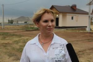 Всего в этом году в Самарской области будет построено и передано жителям сел 20 домов .